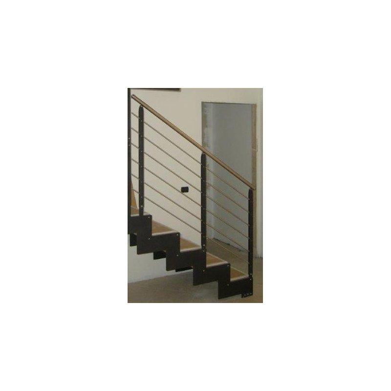 escalier droit limon metal cremaillere petite hauteur. Black Bedroom Furniture Sets. Home Design Ideas