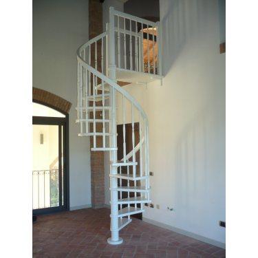 Escalier colimaçon bois