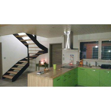 escalier suspendu metal double limon IMAGINE LINEAR DEMI TOURNANT   marches bois