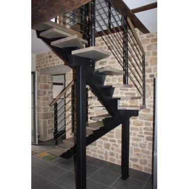 Tarif escalier sur mesure limon central Celeste 2 quart tournant metal lisse inox