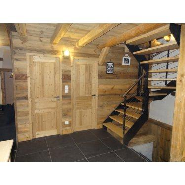 escalier moderne bois et metal