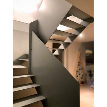 escalier tout métal