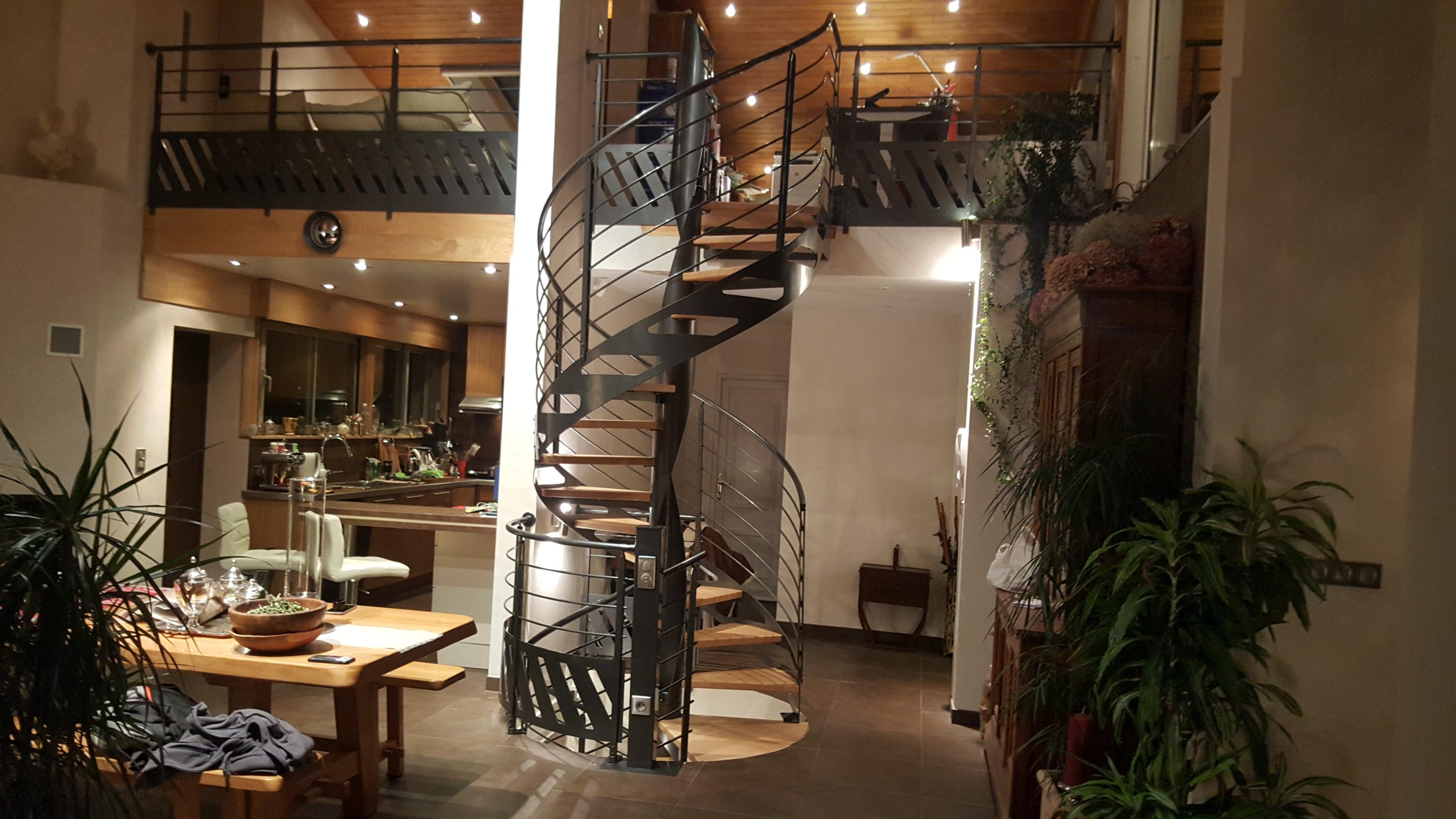 escalier hélicoïdal débillardé
