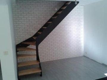 escalier double limon métal