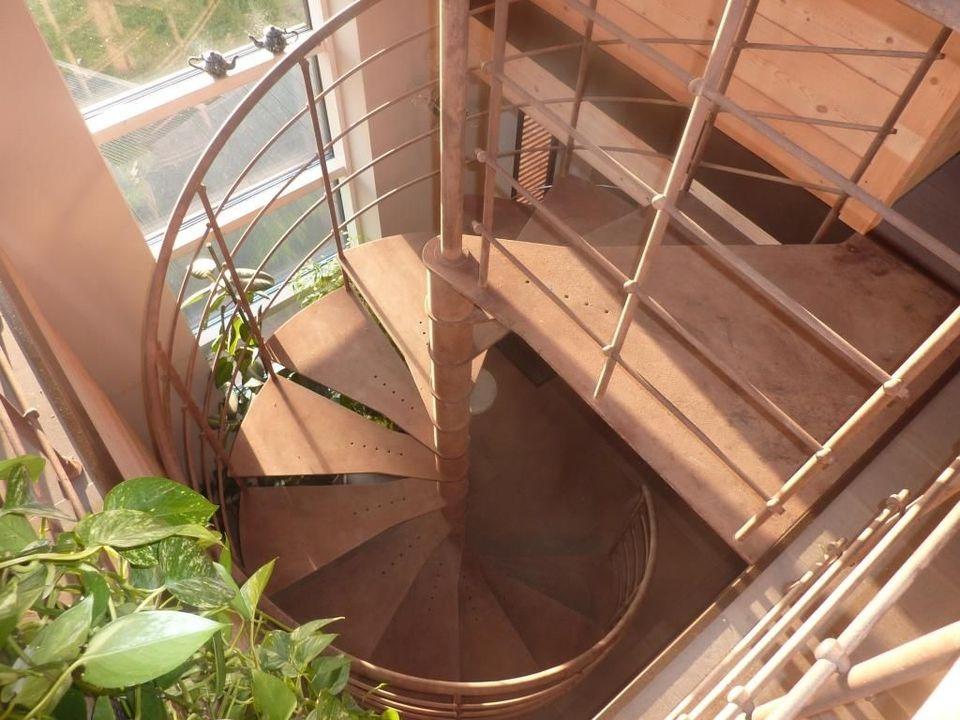 escalier hélicoïdal métal