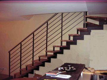 escalier bois métal entretoises