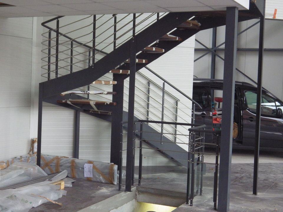 escalier 2 quart tournant métal et bois