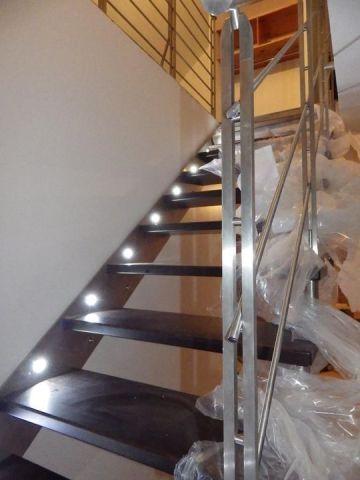 escalier inox et leds