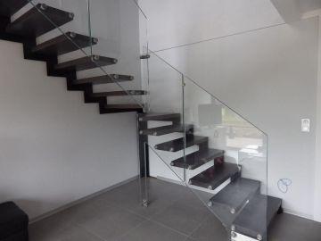 escalier limon verre