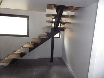 escalier poutre centrale